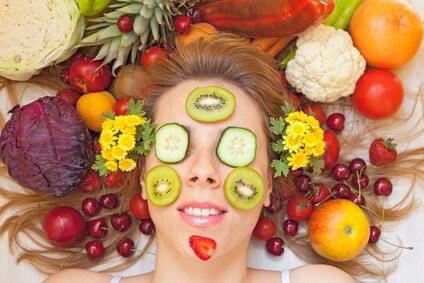 Vitamine gegen Akne und Pickel